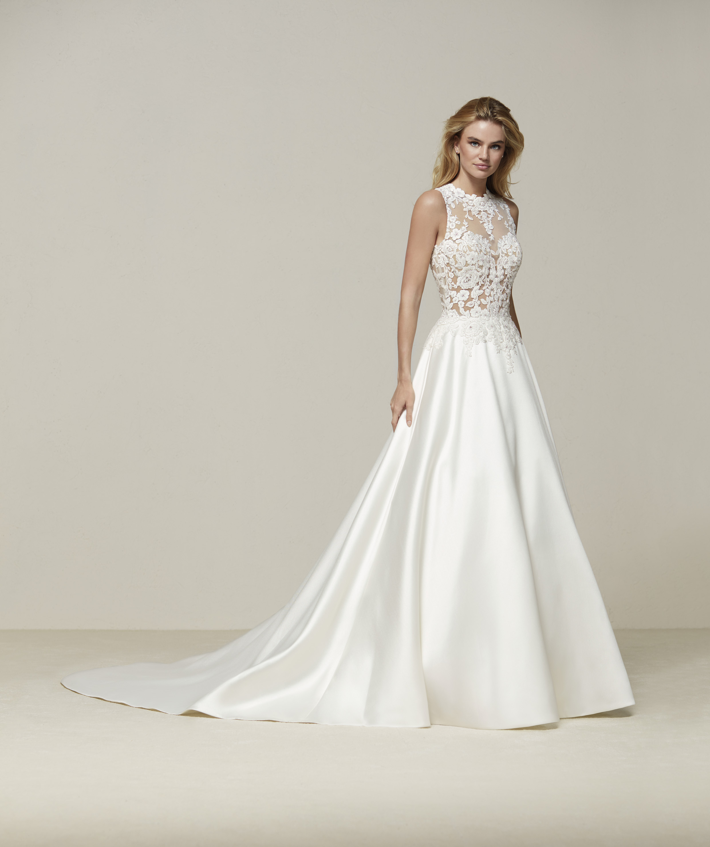 2018 PRONOVIAS DRUSENA, SALE, UK12, £1000