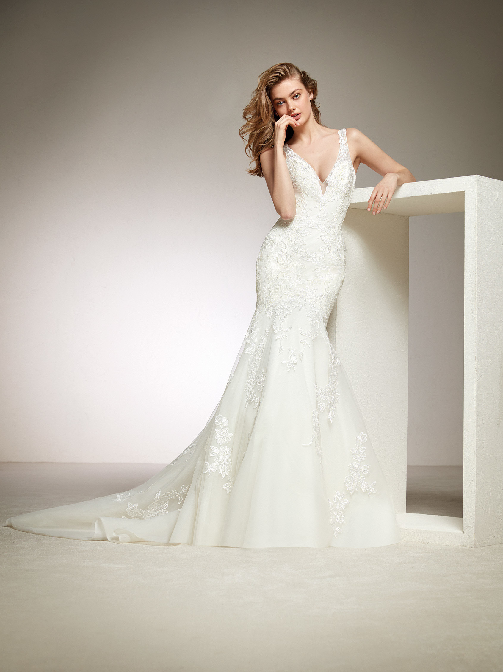 Wedding Dress, Pronovias DIVIS, Romantique Bridal, Magherafelt Northern Ireland,