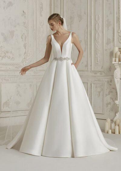 MALENA 2019 Pronovias Wedding Dress. Romantique Bridal, Magherafelt, Northern Ireland Tel 02879300632