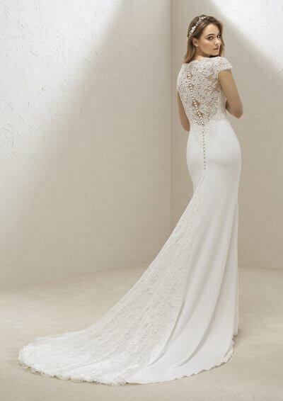 VALINA 2019 Pronovias Wedding Dress. Romantique Bridal, Magherafelt, Northern Ireland Tel 02879300632