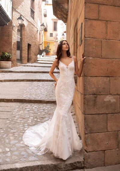 ALBIORIX Pronovias Wedding Dress 2020, Romantique Bridal, Magherafelt, Northern Ireland Tel 02879300632