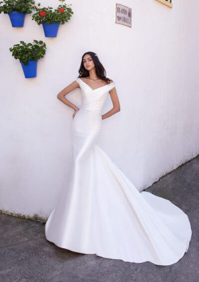 DYSNOMIA Pronovias Wedding Dress 2020, Romantique Bridal, Magherafelt, Northern Ireland Tel 02879300632