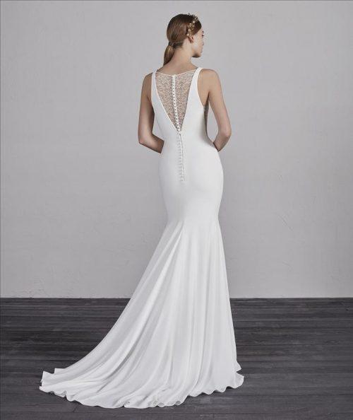 ESTILO Pronovias Wedding Dress. Romantique Bridal, Magherafelt, Northern Ireland Tel 02879300632