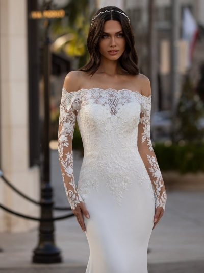 Wedding Dress Pronovias WINTERS, Romantique Bridal, Magherafelt Northern Ireland