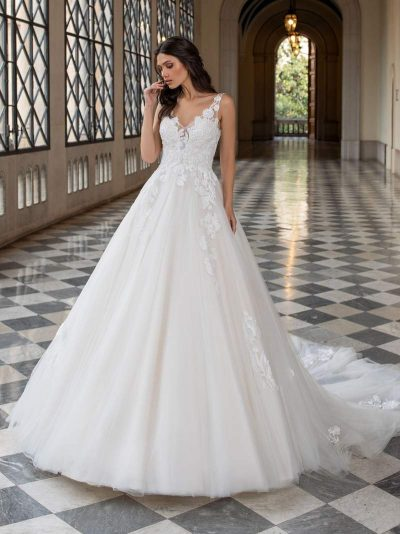 Wedding Dress Pronovias HOLM, Romantique Bridal, Magherafelt Northern Ireland